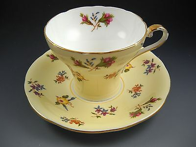 """Aynsley Fine Bone China England Vintage """"Gaiety"""" Yellow Tea Cup and Saucer Set"""