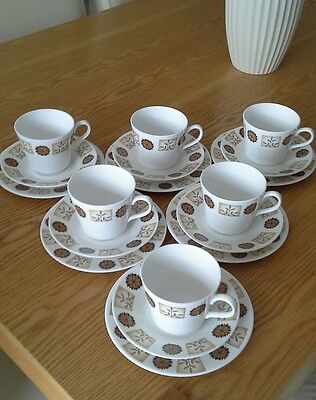 Royal vale tea set