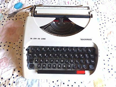 Silver Reed SR 280 De luxe Typewriter - with black / red ribbon