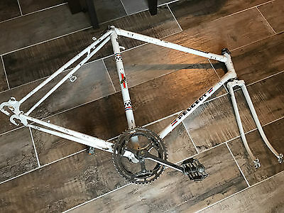 Peugeot Cadre Vintage Ancien Velo Course Road Racing Bicycle Frame 57