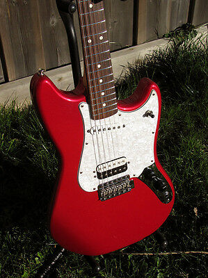 Fender Cyclone Electric Guitar with hard-shell case