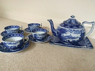 Reduced!Cauldron Chariot Blue And White Chinaware  SET OF 4 TEACUPS and SAUCERS