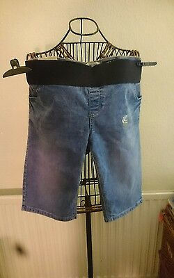 Ladies knee lenght maternity shorts size 16 New New look