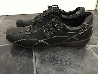 Ladies Leather Gluv Shoes - Size 5