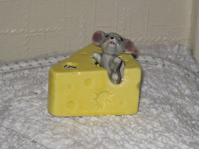 MOUSE in a SMALL CHEESE  of the FOOT IN FOOT OUT SERIES  Pottery Figurine..