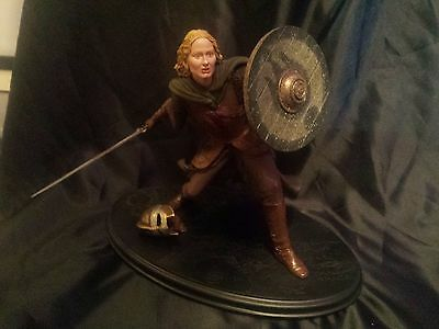 Sideshow Weta **EOWYN SHIELD MAIDEN STATUE** Lord of the Rings SEE DESCRIPTION