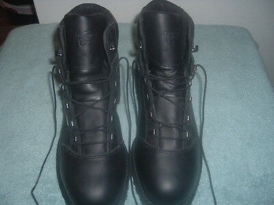 New Red Wing Boots Size 12D Waterproof Black......NR