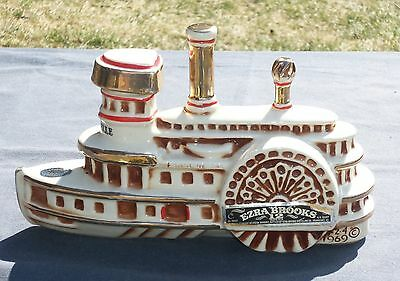Vtg Whiskey DECANTER Riverboat Side Paddle Wheel. Delta Belle Empty. Excellent.