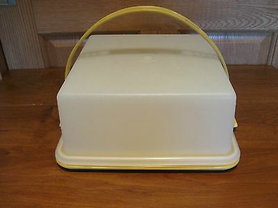 TUPPERWARE vintage Fresh-N-Fancy square cake & cupcake carrier keeper gold tray