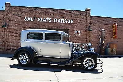 1930 Ford Model A  FORD MODEL A