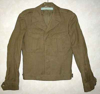 Genuine WWII Short Wool Army Jacket Green marked D4564 Hidden Buttons 36L