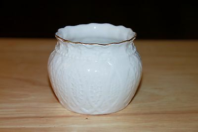 Belleek Collectors Society Lace Bowl, Red Trademark
