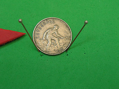 L-too: LUXEMBOURG 1 FRANC ~~ 1955 ~~ MINTAGE 1.0 MILLION ~~ OBSOLETE & SCARCE