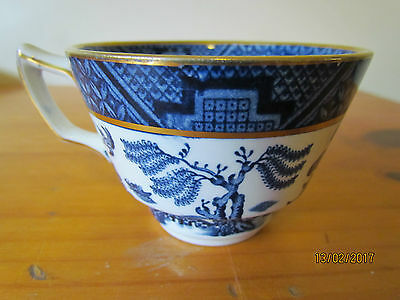 Vintage English Booths 'Real Old Willow' orphan teacup - blue & white