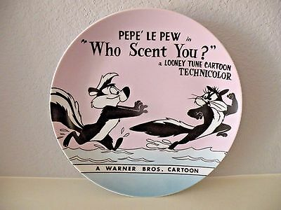 Looney Tunes Pepe Le Pew Chasing Penelope 'Who Scent You?' Ceramic Plate 1994