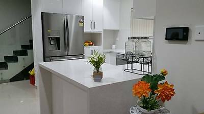 kitchen benchtop 3000x600x20mm SPARKLY GREY REDUCED TO CLEAR for$299