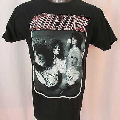MOTLEY CRUE- Dr. Feelgood T-SHIRT vintage photo of band in straightjackets