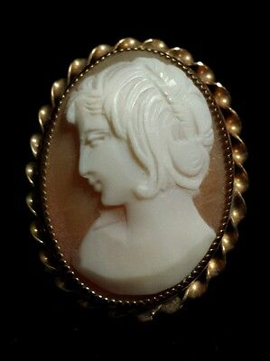 Very Unusual Simple Beautiful Carved Cameo Pin/Pendant, Gold-Filled
