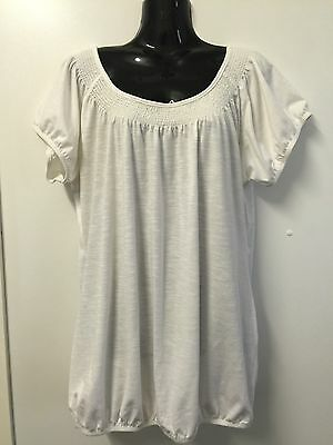 Women's CROSSROADS Short Sleeves Off-White Top - Size 16
