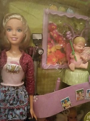 I Can Be Baby Photographer Barbie