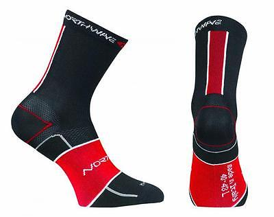 NORTHWAVE Calcetines ciclismo hombre ULTRALIGHT negro/rojo