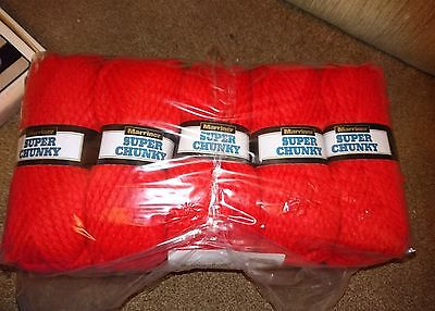 Marriner Super Chunky Knitting Wool In Red 5X100G