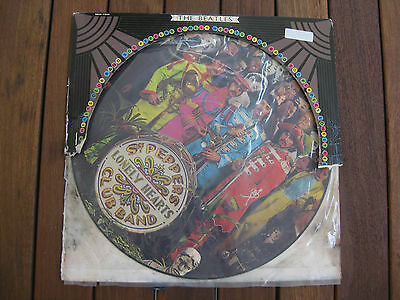 """VINTAGE VINYL RECORD -THE BEATLES """"Sgt. Pepper's Lonely Hearts Club Band"""" IMAGE"""
