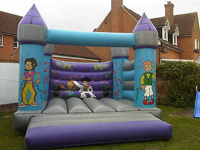 commercial bouncy castle 15x15