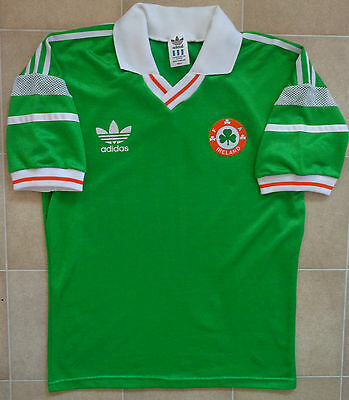 Authentic Adidas Ireland 88-90 Home Jersey. Mens S, Excellent Condition.