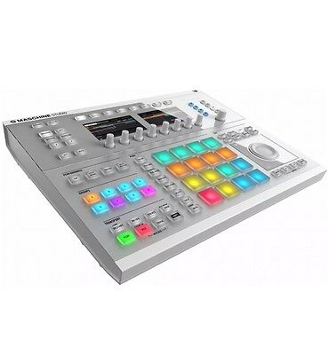 Native Instruments Maschine Studio white - Groove Production Studio in weiß