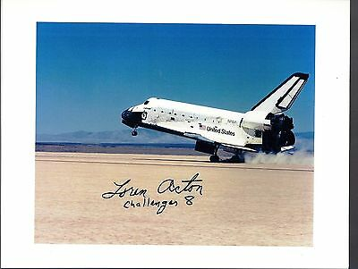 Challenger STS-51F/Spacelab-2  AUTOGRAPH,HAND SIGNED Astronaut   LOREN ACTON