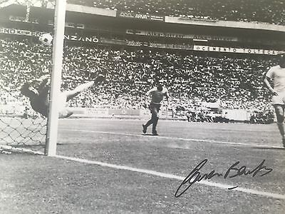 Gordon Banks England Original Hand Signed Photo 12x8 With COA