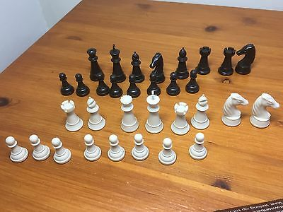 Chess pieces for Scisys Rapier chess computer complete number.