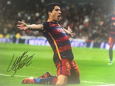 Luis Suarez Barcelona Original Hand Signed Photo 12x8 With COA