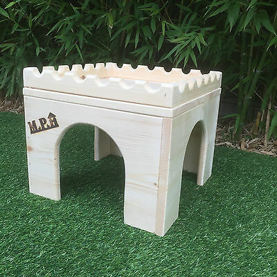 Rabbit small animal wooden castle/hide/house/shelter