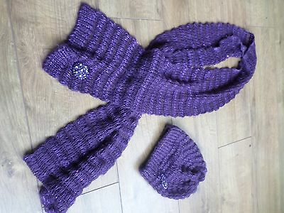 Purple knitted scarf and hat set