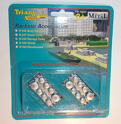 Triang Minic Ships Diecast Harbour Accessories M838 Storage Tanks