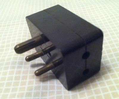 Vintage IRL Brown Bakelite 3-Round-Pin Adapter