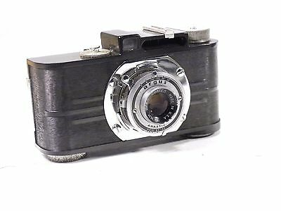 Vintage Argus Camera 50mm f/4.5 Anastigmat w/Leather Case