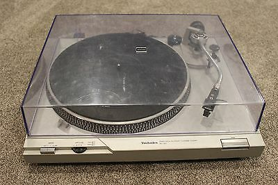 Technics Turntable SL-D2 Vintage Record Player