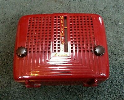 Vintage 1940s/50s Portable Arvin AM Tube Radio Model 240-P RED Plastic - Battery