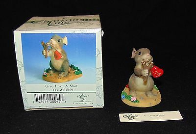 Fitz Floyd Charming Tails GIVE LOVE A SHOT mouse heart sling figurine tales