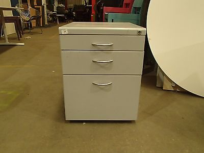 Mobile Pedestal/Filing/Storage Cabinet 3 Drawer Metal 31888/12