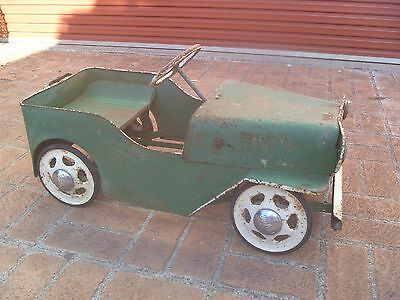 Old Antique Vintage Cyclops Jeep Pedal Car Original Model Toy Tinplate