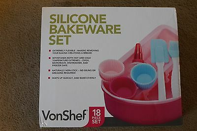 Vonshef 18 Piece Silicone Bakeware Set /boxed And New