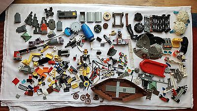 Large Lot of Special Lego Pieces, boats, tractors, castle & spaceship parts +++