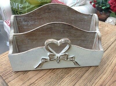 Wooden Heart Letter Rack Shabby Chic Great Condition