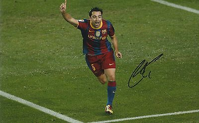 Xavi Barcelona Original Hand Signed Photo 12x8 With COA