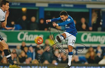 Football Aaron Lennon Everton Original Hand Signed Photo 12x8 With COA