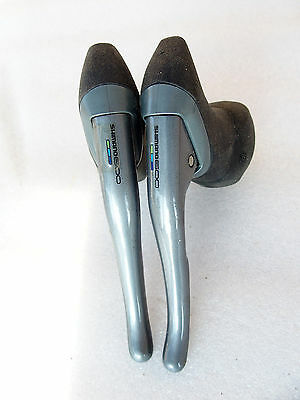 Leviers freins SHIMANO 600 SLR ULTEGRA.Slightly used brake levers. BL-6401